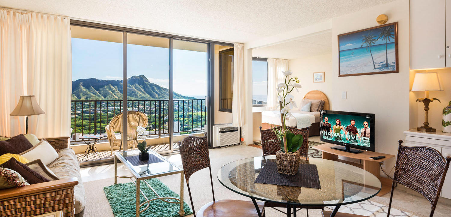 Waikiki Banyan Suite 34th Floor