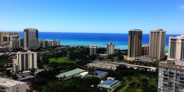 Hawaiian Monarch Penthouse 401 waikiki view