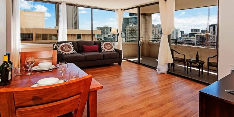waikikiskytower vacationrental rent