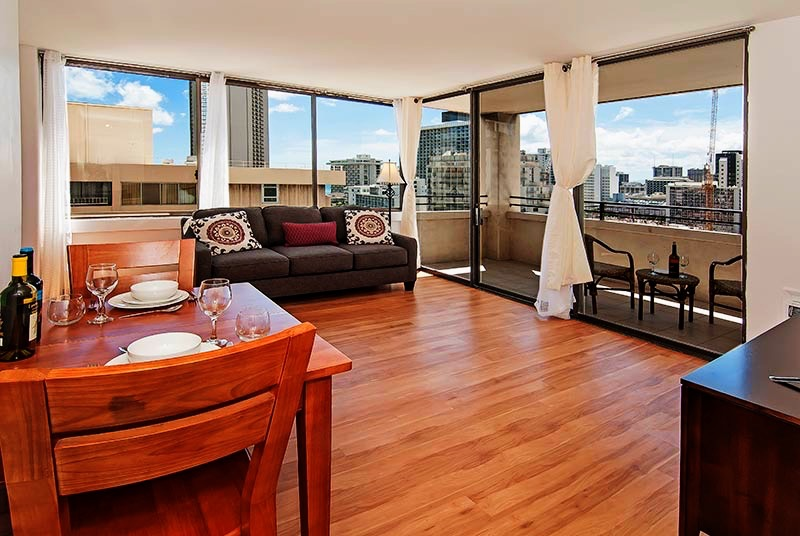 Waikiki Skytower – 19th Floor (1Bed)
