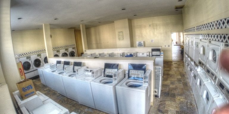 Royal Kuhio Laundry Room