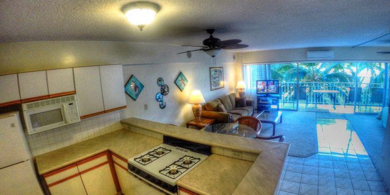 Waikiki Shore kitchen